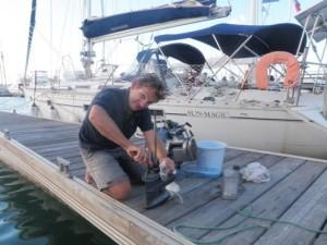 Cap'tain Renan du Krysfil à la rescousse de notre moteur d'annexe